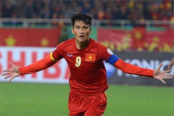 Công Vinh và Văn Thanh có tên trong đội hình tiêu biểu AFF Cup